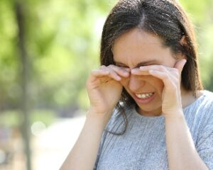 Coronavírus pode ser transmitido pelos olhos